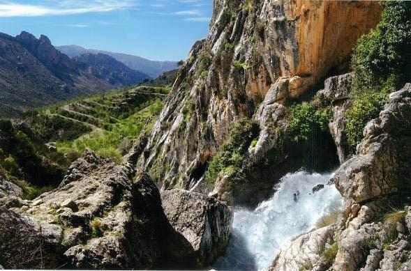nacimiento del rio Castril y el valle del rio