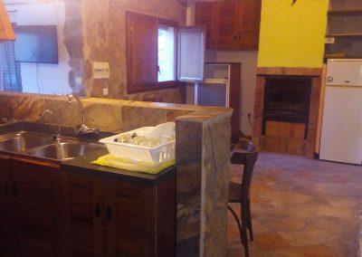 casasruralescastril-cocina-comedo-casa3