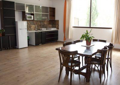 casasruralescastril-cocina-comedor-casa2